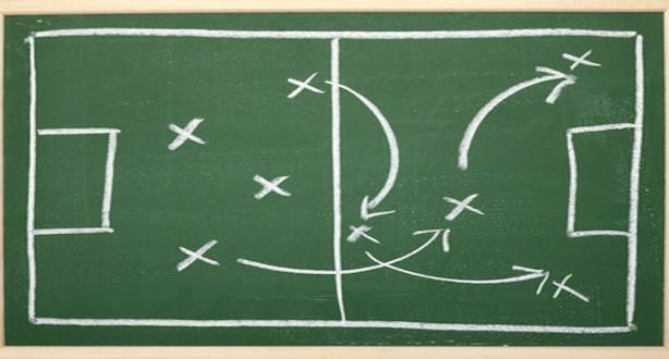 Great Data Team Play Both Offense and Defense by Tom Davenport